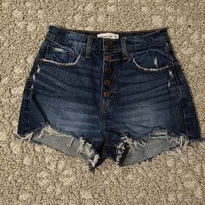 Abercrombie High Rise Mom Short